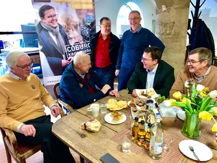 Hoher Besuch: Andreas Prinz von Sachsen-Coburg und Gotha heute in unserem Wahllokal!